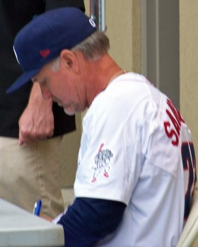 Ryne Sandberg signs autographs during a Lehigh Valley Iron Pigs promotion in 2012 (Photo credit: Paul Hadsall)