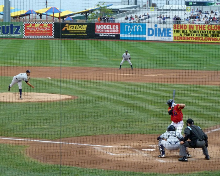 Brooklyn Cyclones outfielder Brandon Nimmo bats