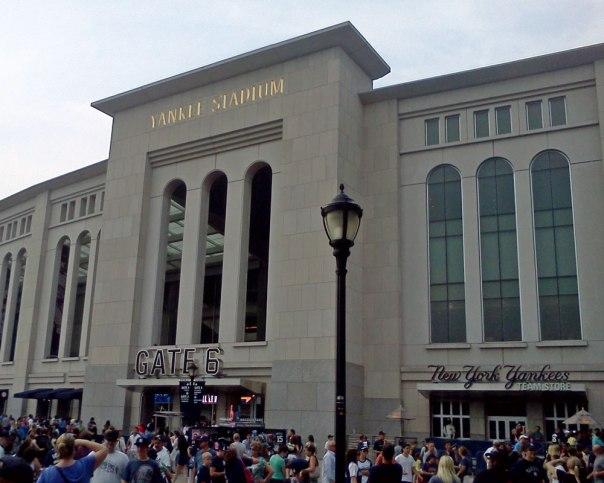 Yankee-Stadium-IMG_20120803