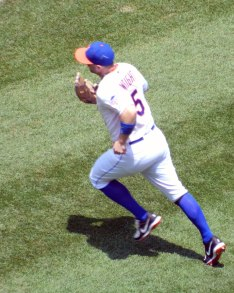 David Wright runs on to the field at the start of the game on June 15, 2013 (Photo credit: Paul Hadsall)