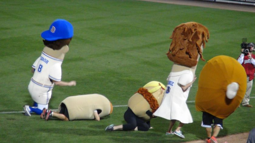Mascot Race (Photo credit: Vinny Haynes)